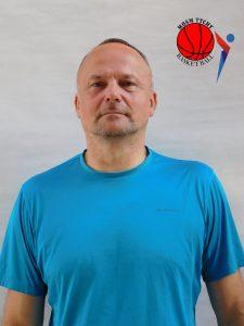 Trener Adam Kondratowicz